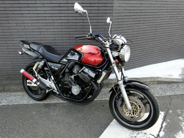 ホンダ CB400Super Four ブラックレッド UPハンドル サイレンサーの画像(神奈川県