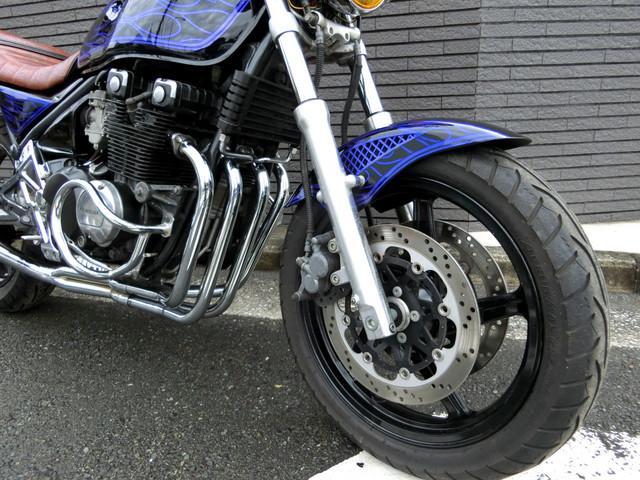 カワサキ ZEPHYR400 ブラックパープルフレア セパハン プリティレーシングの画像(神奈川県