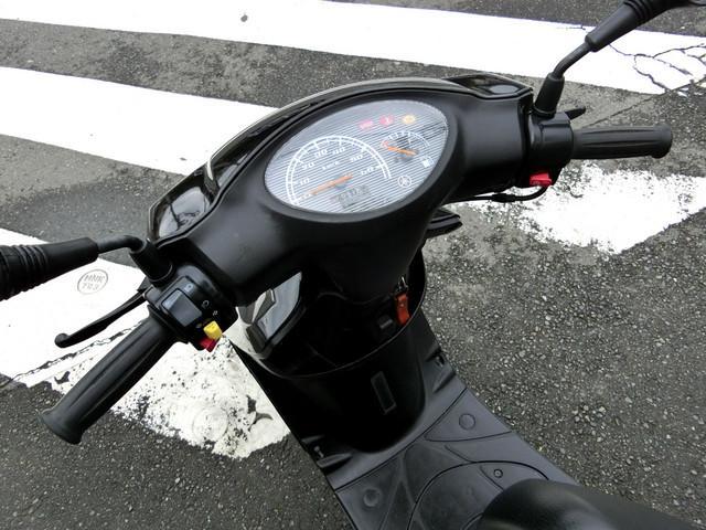 ヤマハ JOG ブラック CE50系の画像(神奈川県