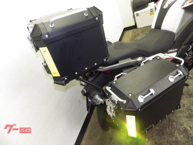 ホンダ CB190X ABS パニアトップケース標準装備  ホワイトの画像(神奈川県