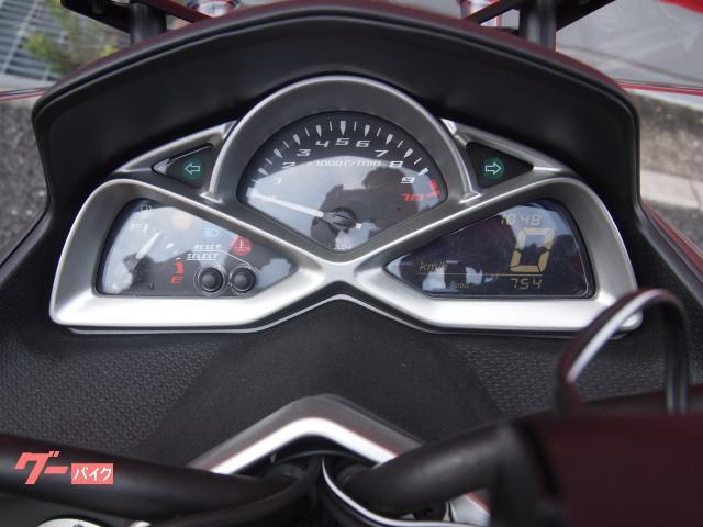 ヤマハ マジェスティS ビームスマフラー トップケース スクリーンの画像(埼玉県