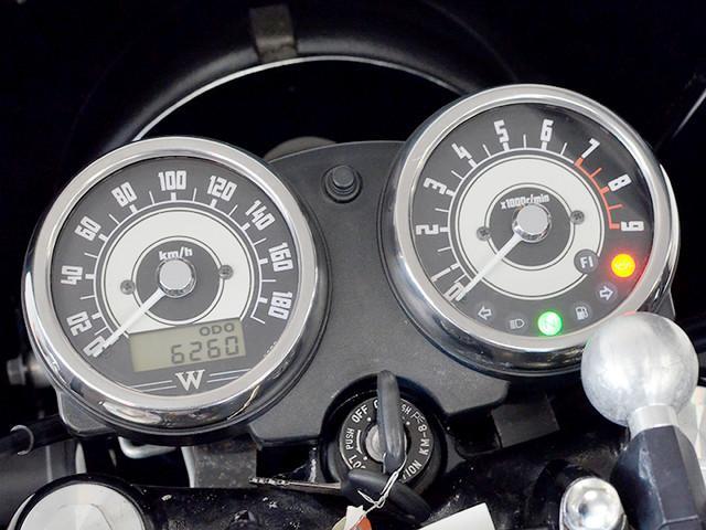カワサキ W800 ワイバンマフラー ビキニカウル ETCの画像(埼玉県