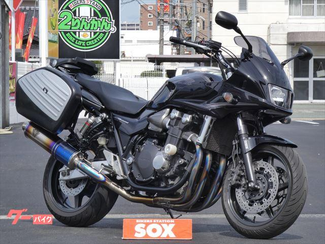 ホンダ CB1300Super ツーリング ワイバーン2本出しフルエキ パニアケースの画像(熊本県