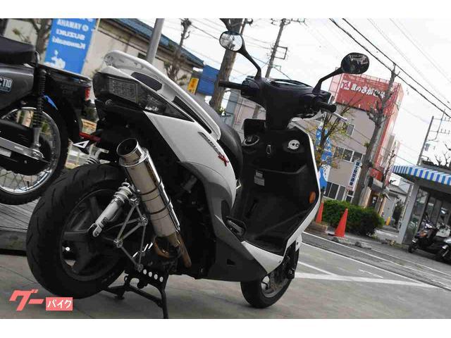 ヤマハ シグナスX SR 社外マフラー ロンホイ ローダウンの画像(神奈川県