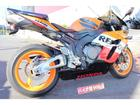 ホンダ CBR1000RR 2005年モデル シートカウル装備の画像(埼玉県