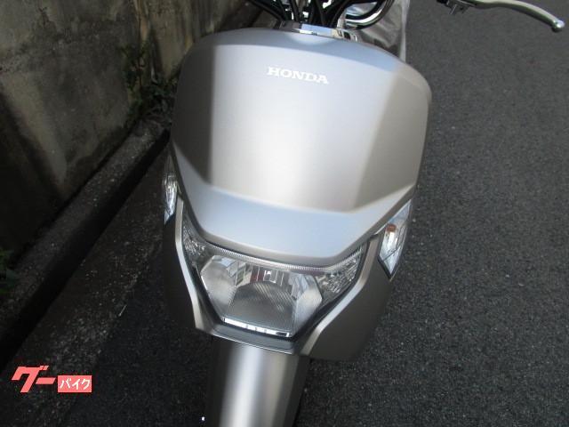 ホンダ ダンク マットアルタイルシルバーメタリック 現行モデル 新車の画像(東京都