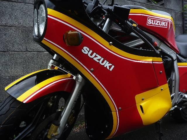 スズキ GSX-R750 RGB500仕様の画像(静岡県