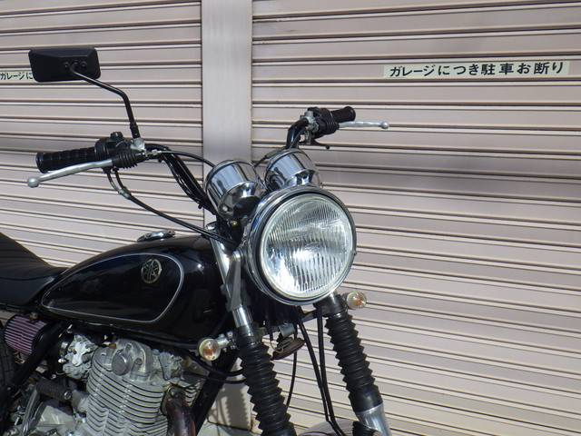 ヤマハ SR400 アップマフラー改の画像(大阪府
