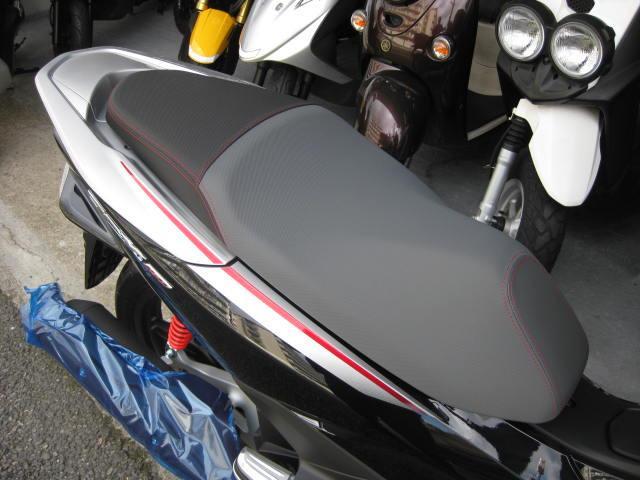 ホンダ PCX150 ツートン 日本仕様 新車の画像(兵庫県