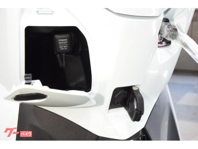 ホンダ リード125 ツートーンカラー 2020年最新PGM-FILED搭載LEDモデルの画像(大阪府