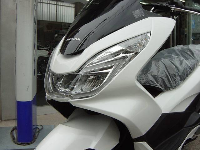 ホンダ PCX2017モデル新車の画像(大阪府