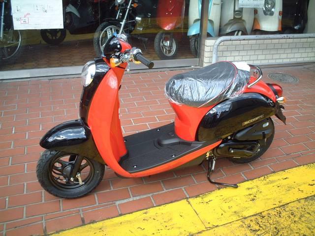 ホンダ クレアスクーピーDX 限定発売ホンダ完売型モデル 新車の画像(大阪府