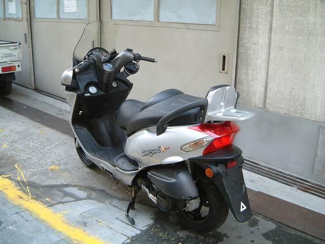 KYMCO グランドディンク125X 水冷4サイクル13PSエンジン搭載型 1オーナーモデルの画像(大阪府