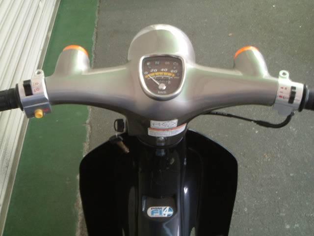 ホンダ リトルカブ 4速エンジン搭載型 最新現行モデル 新車の画像(大阪府