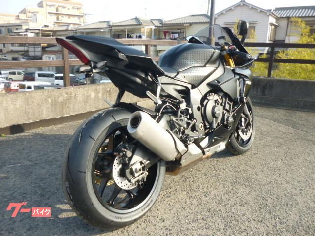 ヤマハ YZF-R1 プレスト正規モデル フェンダーレス エンジンカバーの画像(京都府