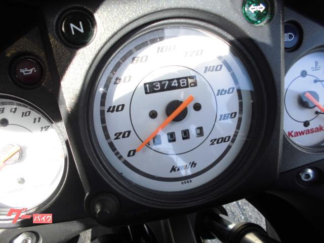 カワサキ Ninja250R ワンオーナー車 マフラー・ステップカスタムの画像(大阪府