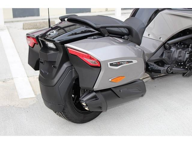 BRP can-am SPYDER F3-Tの画像(京都府