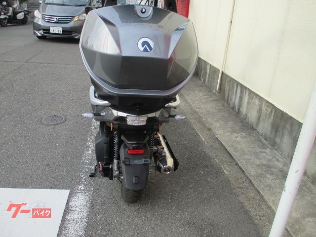 ADIVA AD1 200 正規輸入車両 ロールロック付きの画像(大阪府