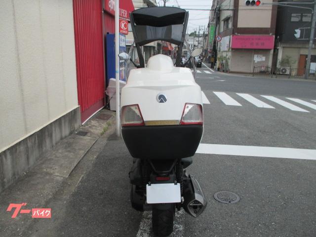 ADIVA AD Tre200 ホワイトの画像(大阪府