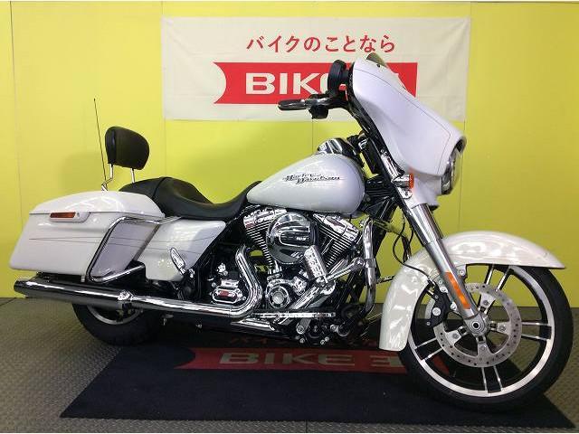 HARLEY-DAVIDSON FLHXS ストリートグライドスペシャル エンジンガード セミカスタムの画像(兵庫県