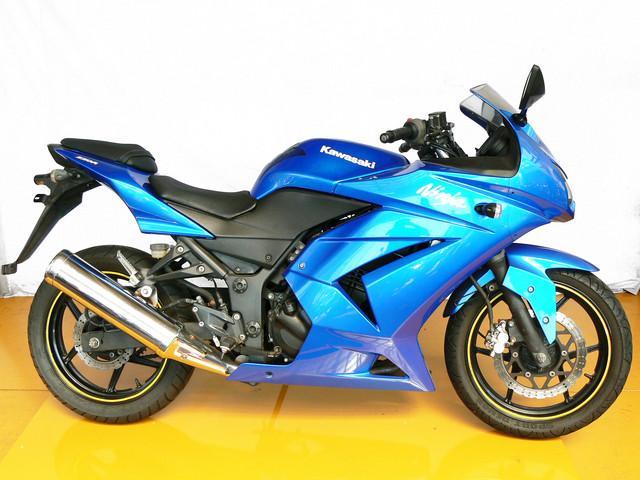 カワサキ Ninja 250R 08年モデルの画像(大阪府