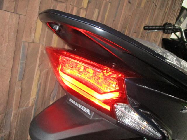 ホンダ PCX JF56 LEDライト 日本仕様の画像(大阪府
