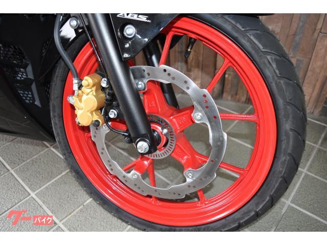 スズキ GSX-R125 2021年最新モデル ゴールドキャリパー ハザードスイッチ付きの画像(大阪府