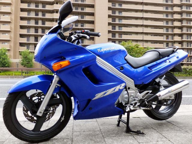 カワサキ ZZ-R250の画像(兵庫県