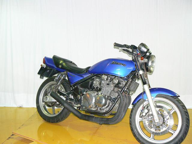 カワサキ ZEPHYR400 2型 94年モデル マフラー改の画像(大阪府