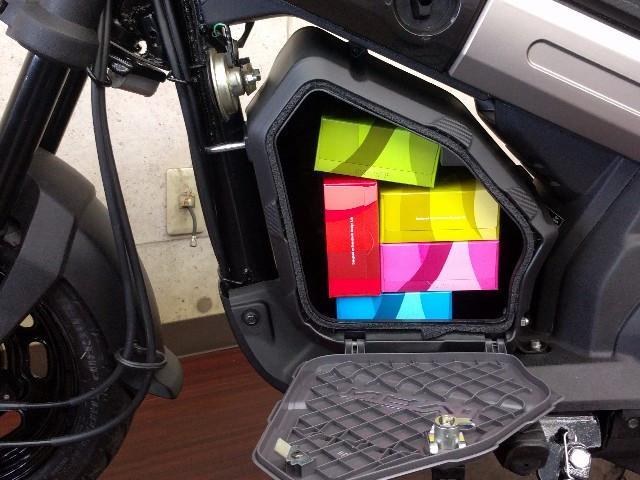 ホンダ NAVI110 オプションラゲッジボックス装着モデルの画像(大阪府