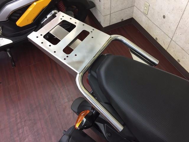 ホンダ NAVI110 ブラック リアキャリア装着タイプの画像(大阪府