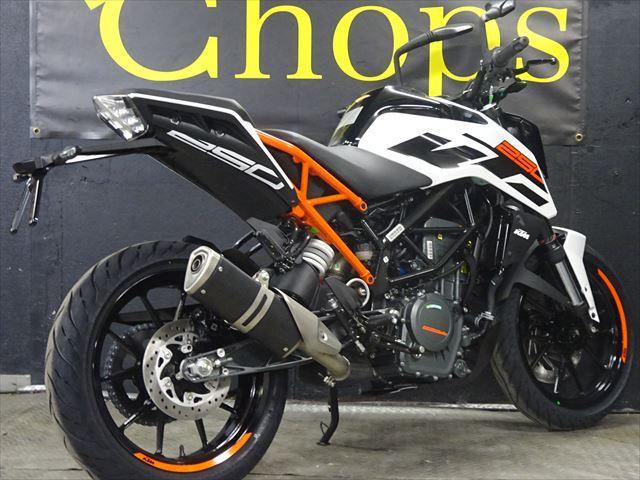 KTM 250デューク 最新モデル インポート ホワイトオレンジフレームの画像(大阪府