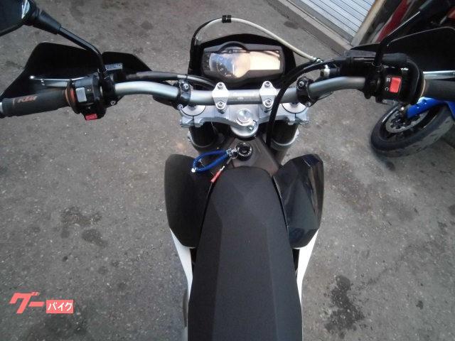 KTM 690SMCの画像(兵庫県