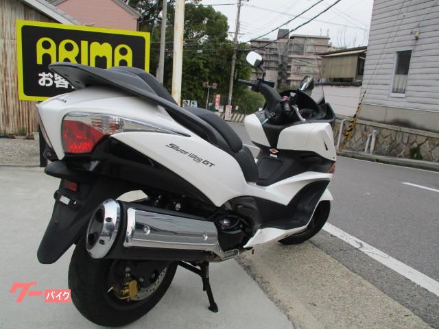 ホンダ シルバーウイングGTの画像(兵庫県