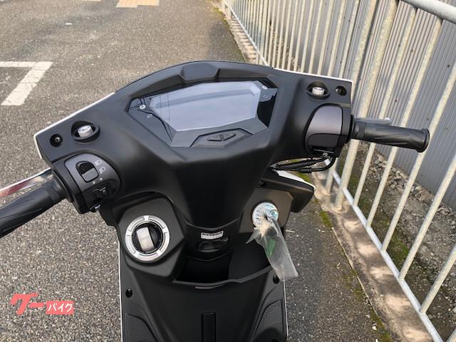 ヤマハ シグナスX SR 2019年LED最新型の画像(大阪府