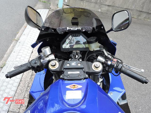 ホンダ CBR1000RR 後方排気型の画像(大阪府