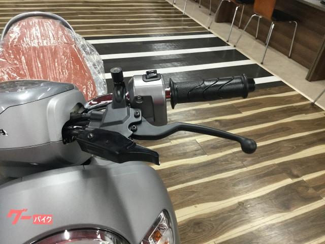 ホンダ スクーピー110i キャストホイールの画像(兵庫県