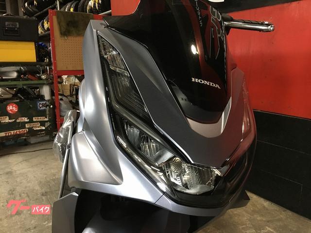 ホンダ PCX 新型 ABS標準装備 前後ディスクブレーキ トラクションコントロール装備の画像(兵庫県