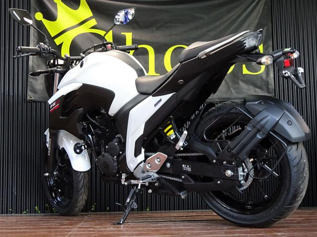 ヤマハ FZ25 輸入車 ブルーコアエンジン ホワイトストリートの画像(大阪府