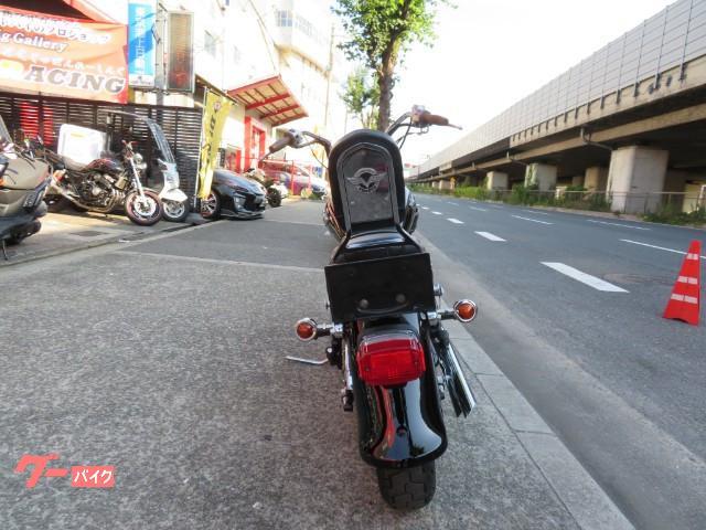 カワサキ バルカン400クラシック ブラックローダウンマフラーカスタムの画像(大阪府