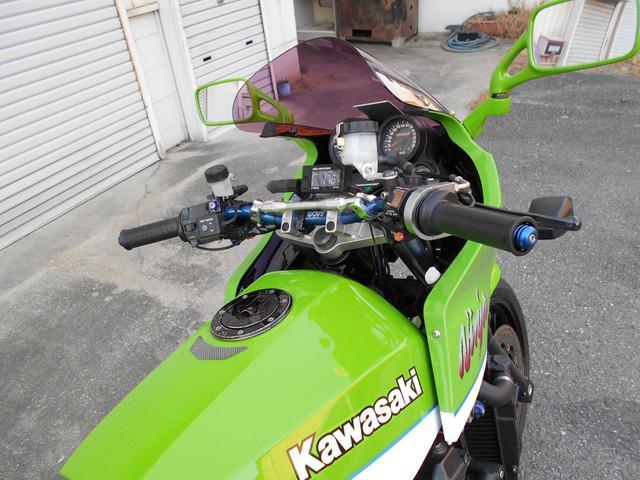 カワサキ GPZ900Rの画像(大阪府