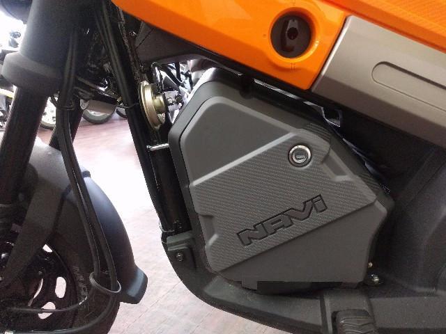 ホンダ NAVI110 純正ラゲッジボックス装着モデルの画像(兵庫県