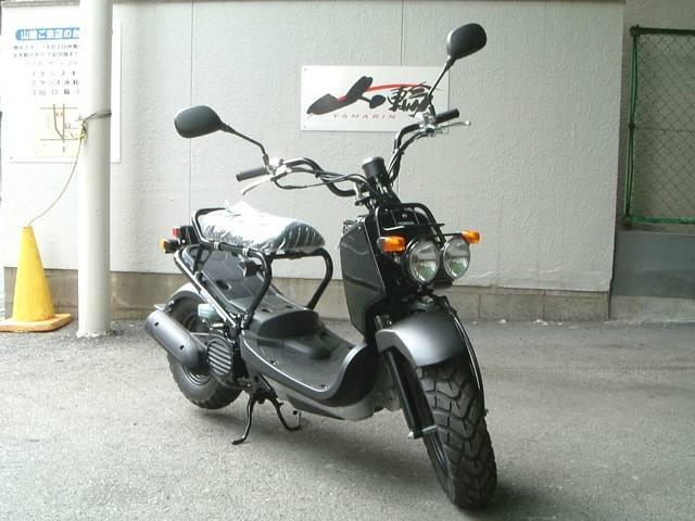 ホンダ ズーマー PGM-FIエンジン搭載・最新最終生産モデルの画像(大阪府