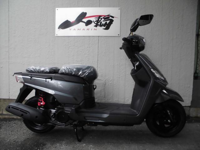 COMBIZ125 日本正規輸入モデル