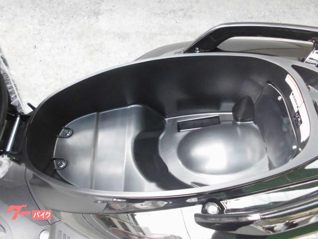 ヤマハ シグナスX 2019最新モデル 12VDCジャック標準装備車の画像(大阪府