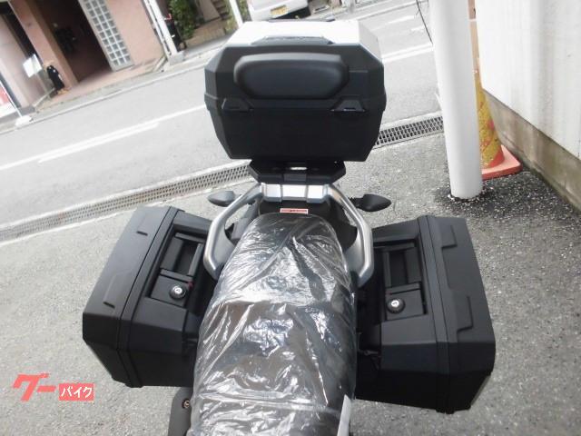 スズキ V-ストローム250 ABS 最新M1モデル 3点ケース追加装備の画像(大阪府