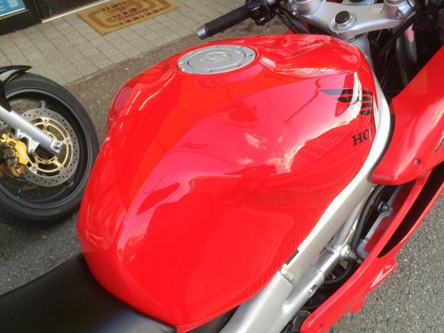 ホンダ VTR1000F 後期型 前後タイヤ新品付きの画像(兵庫県