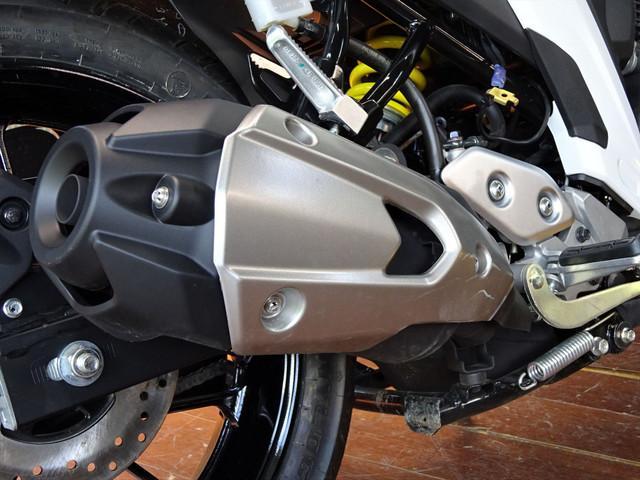 ヤマハ FZ25 輸入車 ブルーコアエンジン ホワイトストリートの画像(京都府
