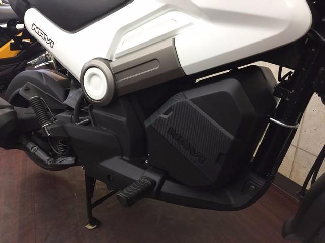 ホンダ NAVI110 輸入車 ホワイト ボックス仕様の画像(京都府
