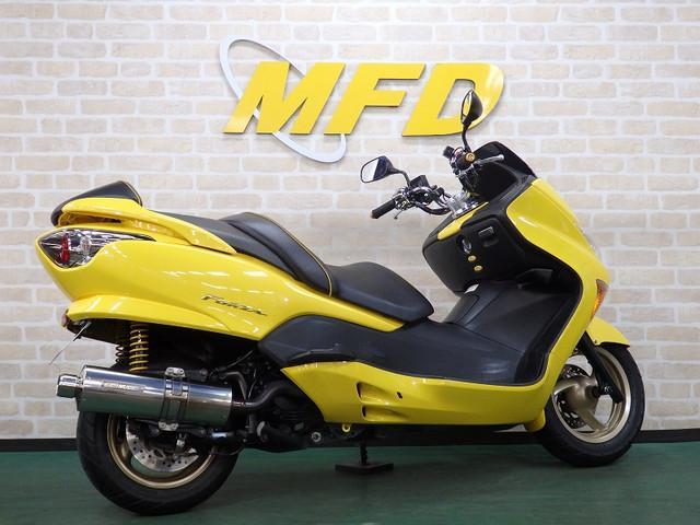 ホンダ フォルツァ・Z 2007年モデル 無限フルエキマフラー フェンダーレスの画像(大阪府